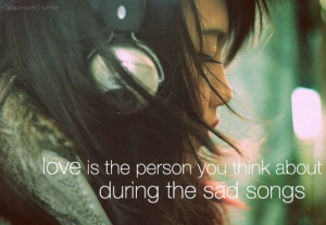 headphones-love-person-photography-sad-song-Favim.com-141247_large